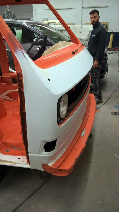 VW T3 Bus Restauration Lackierung orange